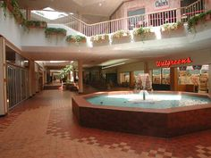 This is the Villa Italia Mall in Denver. Used to go there alot!