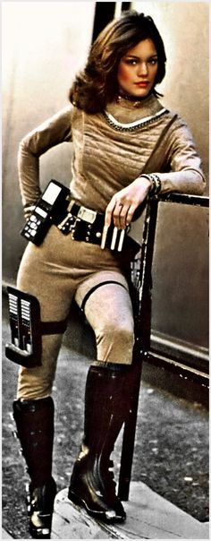 "Sci-Fi character Athena played by actress Maren Jensen in the origninal television series ""Battlestar Galactica"". Walking With Dinosaurs, Sci Fi Tv, Sci Fi Movies, Maren Jensen, Science Fiction, Kampfstern Galactica, Battlestar Galactica 1978, Katee Sackhoff, Classic Sci Fi"