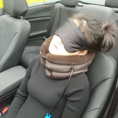 I want to buy the Ankaka T1 Travel Pillow because it is the best!