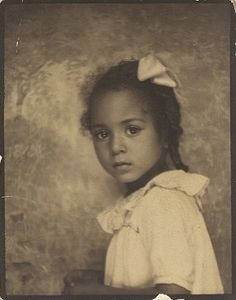 ** Vintage Photo Booth Picture **   Precious young African American girl