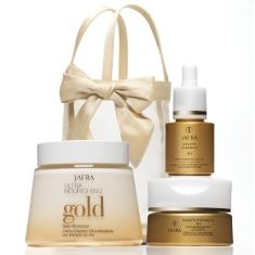 Go for the Gold: Gold jewelry, gold accessories, what about gold in your beauty products?  Try JAFRA's Ultra Nourishing Gold products