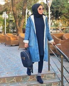 Dün giydiğim içi yün sıcacık kot montumu paylaşmamışım😌 @newaysjeans 💙✨ detaylar yanda 💎 Niqab Fashion, Modest Fashion, Ootd Hijab, Hijab Outfit, Jeans Dress, New Look, Bomber Jacket, Normcore, My Style