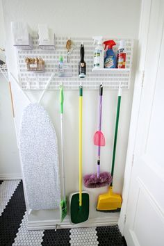 Laundry Room Organization Diy Closet Makeovers 22 Ideas For 2019 Laundry Room Organization, Laundry Room Design, Diy Organization, Design Room, Cleaning Cupboard Organisation, Ikea Closet Organizer, Closet Storage, Laundry Room Inspiration, Cleaning Closet