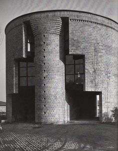Casa Rotonda/ The round house. Stabio, Ticino, Switzerland.1980-1982. Mario Botta