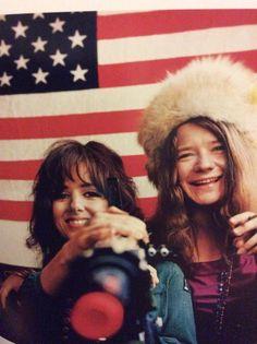 ♡♥Grace Slick with Janis Joplin♥♡