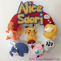 Guirlanda Porta de Maternidade tema Pokémons para a Alice