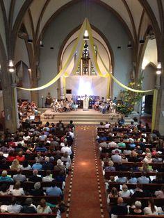Mooie viering met 20 Communicantjes uit Vathorst en Hooglanderveen. 14-06-15