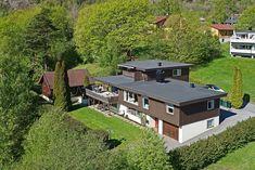 Bilderesultat for flatt tak takterrasse Flat Roof, Anton, Mansions, House Styles, Home Decor, Decoration Home, Manor Houses, Room Decor, Villas
