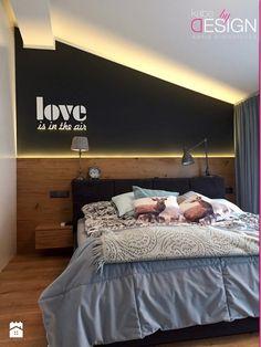 Projekt Września - Mała sypialnia małżeńska na poddaszu - zdjęcie od kabeDesign kasia białobłocka