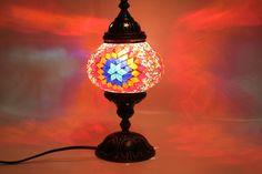 Lamparas turcas elaboradas artesanalmente en mosaico de vidrio multicolor,