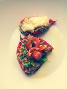 Mantelikeksi: Täytetyt chilipaprikat/ pikkupaprikat Tacos, Mexican, Ethnic Recipes, Food, Healthy, Essen, Yemek, Mexicans, Meals