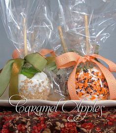 caramel apples with