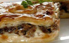 Μελιτζανόπιτα με κρέας Greek Pita, Eat Greek, Greek Recipes, Pie Recipes, Cooking Recipes, Recipies, The Kitchen Food Network, Greek Cooking, Pitta