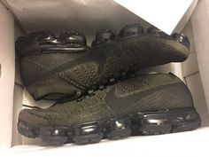 Nike Flyknit Vapormax Mens Size 11.5 Cargo Khaki Olive Green Brand New
