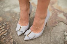 grey shoes, bow shoes, heels, fashion accessories, style