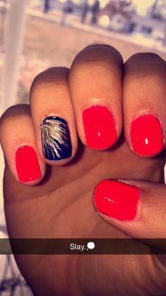 Coral and navy nails for summer