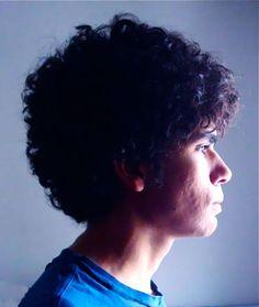 Expoente da música eletrônica, o brasiliense Pazes se apresenta no Sesc Pompeia no dia 26 de junho, às 21h, com entrada Catraca Livre.