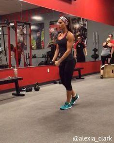 "6,411 Me gusta, 140 comentarios - Alexia Clark (@alexia_clark) en Instagram: ""Ludicrous Lungein' You can do this as a lunge circuit or add any into your workout! 15-20 reps…"""