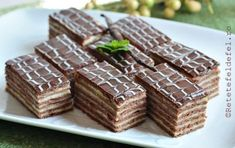Everything You Need To Know About Cacao - Healthy Food Raw Diets Romanian Desserts, Romanian Food, Cookie Recipes, Dessert Recipes, Cooking Bread, Sweets Cake, Food Festival, Food To Make, Sweet Treats