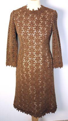 VINTAGE LADIES BROWN FLORAL DRESS-UK 6 to 8-USED-ZIP DAMAGED-VERY RARE-VERY CHIC