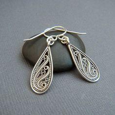 small silver teardrop earrings. rustic filigree jewelry. sterling silver dangle. spiral swirl. drop earrings. simple everyday gift for her