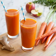Start the summer off with a vitamin-packed immunity boost. Check out our link in bio to get the recipe for this fresh carrot, apple and ginger juice.