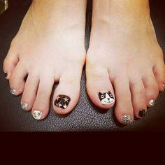 24살 네일녀 3탄~!! : 네이트판 Pedicure Designs, Toe Nail Designs, Nail Polish Designs, Pretty Toe Nails, Love Nails, My Nails, Nail Saloon, Korea Nail, Feet Nail Design