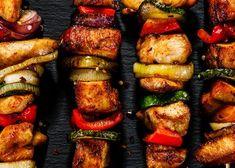 Papricas de Pui » Dulce sau Picant, dupa Bunul Plac | LaProvincia Ras El Hanout, Cacciatore, How To Cook Chicken, Thing 1, Sausage, Bacon, Meals, Cooking, Food