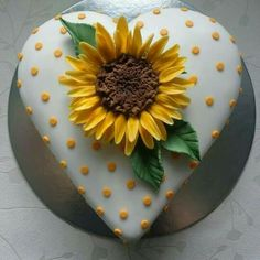 - Cake by Zoe Robinson Sunflower Birthday Cakes, Sunflower Cakes, My Birthday Cake, Pretty Cakes, Beautiful Cakes, Amazing Cakes, Heart Shaped Cakes, Heart Cakes, Fondant Cupcakes