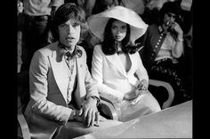 Bianca Jagger & Mick Jagger wedding...lmao at Keith in the background