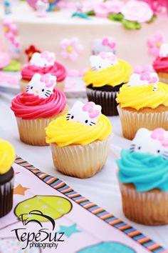 www.TepeSuz.com  Hello Kitty, Kids Birthday Party
