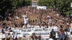 El PP andaluz alienta a manifestarse por la sanidad, pese a negarlo