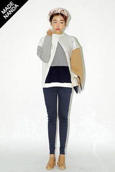 Today's Hot Pick :トライアングルメタリック配色スウェット http://fashionstylep.com/SFSELFAA0025713/stylenandajp/out