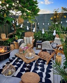 Backyard Patio Designs, Backyard Landscaping, Patio Ideas, Cozy Backyard, Landscaping Ideas, Backyard Ideas, Cozy Patio, Terrace Ideas, Backyard Projects