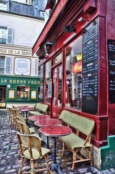 ♛ ԼσᏉҽ Ƥaɽίʂ | Restaurant Le Consulat ~ Montmartre, Paris XVIIIème