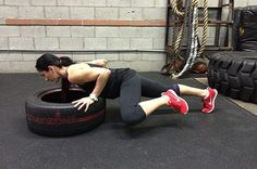 8. Incline Push-Ups With Knee to Elbow