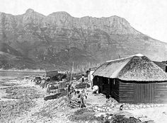 Philipino Fishermen's Huts, Hout Bay c1890   Flickr - Photo Sharing! Old Pictures, Old Photos, Vintage Photos, Cape Dutch, Cape Town South Africa, Most Beautiful Cities, Antique Maps, My Land, Historical Pictures