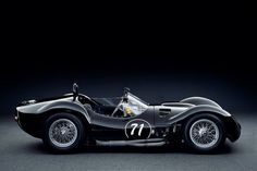 The Maserati Tipo 61 (commonly referred to as the Maserati Birdcage) is a sports racing car of the early The car was produced between 1959 and 1961 by Maserati for racing in sports car events including the 24 Hours of Le Mans endurance classic. Lamborghini, Ferrari, Bugatti, Maserati Birdcage, Classic Sports Cars, Classic Cars, Vintage Racing, Vintage Cars, Carros Retro