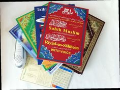 421.00$  Watch now - http://aliq79.worldwells.pw/go.php?t=32603318469 - (10PCS/LOT )  best islamic gift Clear and big voice quran read pen M9 with 6 books word by word voice