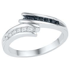 1/6 CT. T.W. Round Diamond Nick Set Bypass Fashion Ring in Sterling Silver - Black/White