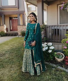Emerald green sharara