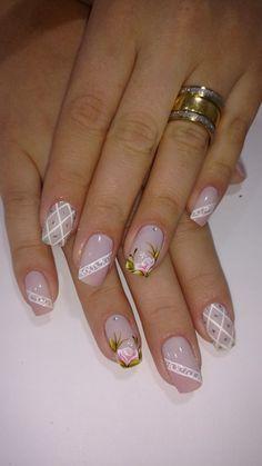26 modelos de unhas decoradas com rosas unhas decoradas francesinha branca, unhas decoradas delicadas, Cute Nails, Pretty Nails, My Nails, Elegant Nails, Beautiful Nail Designs, Flower Nails, Creative Nails, French Nails, Manicure And Pedicure