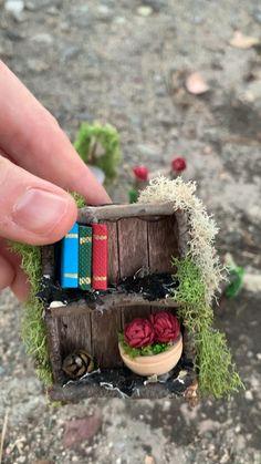 Fairy House Crafts, Fairy Tree Houses, Fairy Garden Houses, Gnome Garden, Garden Crafts, Fairy Garden Plants, Fairy Garden Furniture, House Accessories, Fairy Garden Accessories