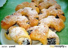 Kohoutí hřebeny recept - TopRecepty.cz Czech Recipes, Thing 1, Doughnut, French Toast, Breakfast, Czech Food, Decor, Backen, Decorating