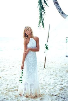 Buy & sell new, sample and used wedding dresses + bridal party gowns. Your dream wedding dress is here - at a truly amazing price! Bohemian Wedding Dresses, Bridal Dresses, Prom Dresses, Boho Gown, Bohemian Bride, Dresses For Beach Wedding, Famous Wedding Dresses, Backyard Wedding Dresses, Outdoor Wedding Dress