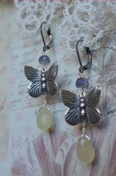Sweet butterfly earrings with iolite and serpentine by Purrrls