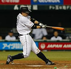 Ginjiroh Sumitani goes yard with his 4th of the year, a solo dinger to left field off Shoh Iwasaki in the bottom of the 2nd inning to pad the Lions lead to 2-0 at Seibu Dome on July 10, 2013 in Tokorozawa, Saitama.
