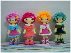 Muñecas vestidos colores