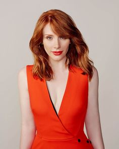 'Jurassic World' actress Bryce Dallas Howard is photographed for. Bryce Dallas Howard, Jurassic World, Ginger Girls, Haircuts With Bangs, Beautiful Celebrities, Redheads, Hair Beauty, Hollywood, Celebs