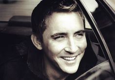 Lord of the Rings / The Hobbit Pushing Daisies, Lee Pace, Thranduil, Celebs, Celebrities, Lotr, Gorgeous Men, Actors & Actresses, How To Look Better